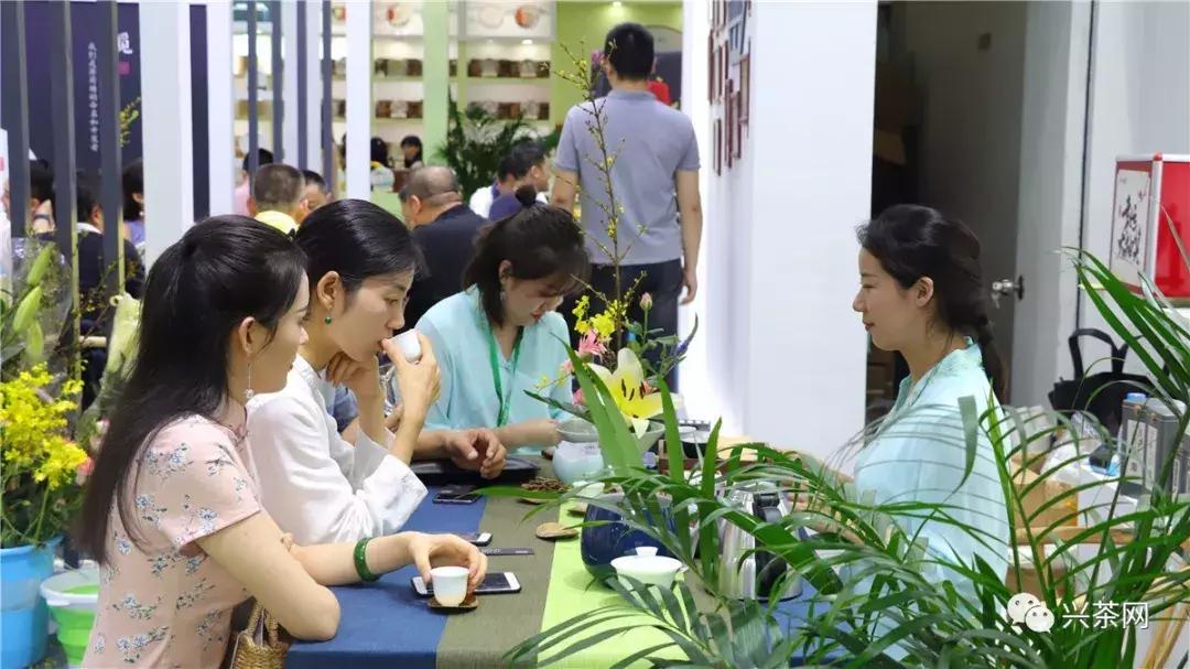 市场品牌化、消费需求多元化趋势下:茶商成长的3大关键路径