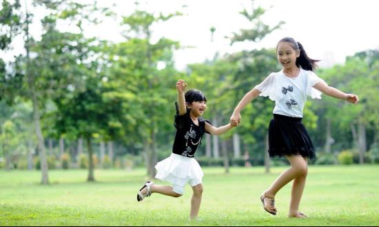 亲子活动对于孩子来说要玩的好 对于家长来说要拍的好