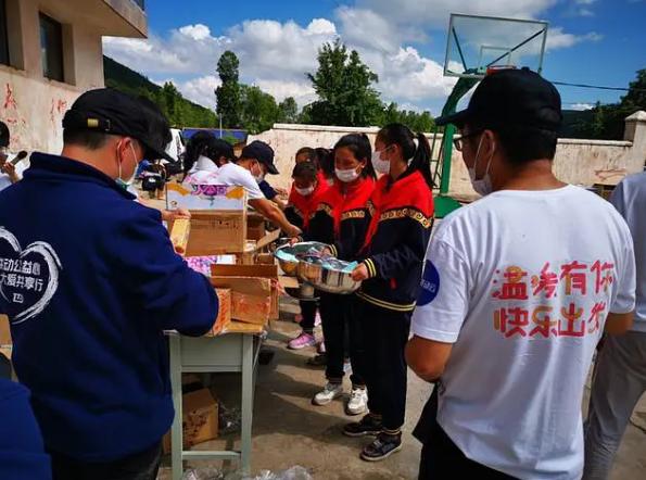 快乐大本营食物应援 80份下午茶高达8500