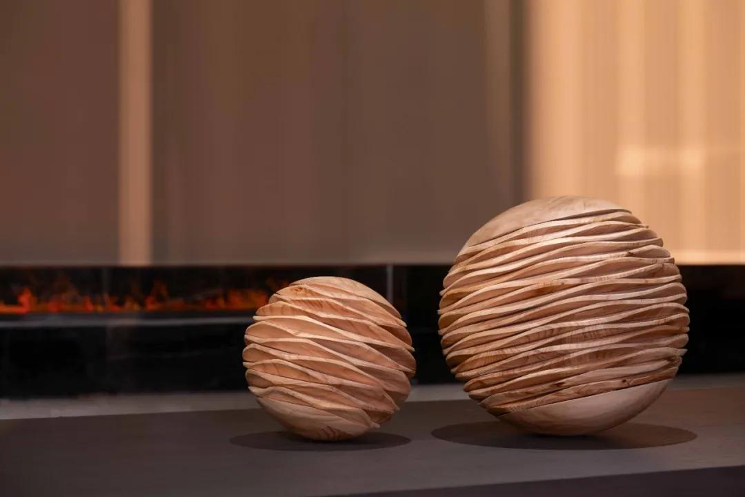 新材料   什么石材居然将单调空间变得流光溢彩