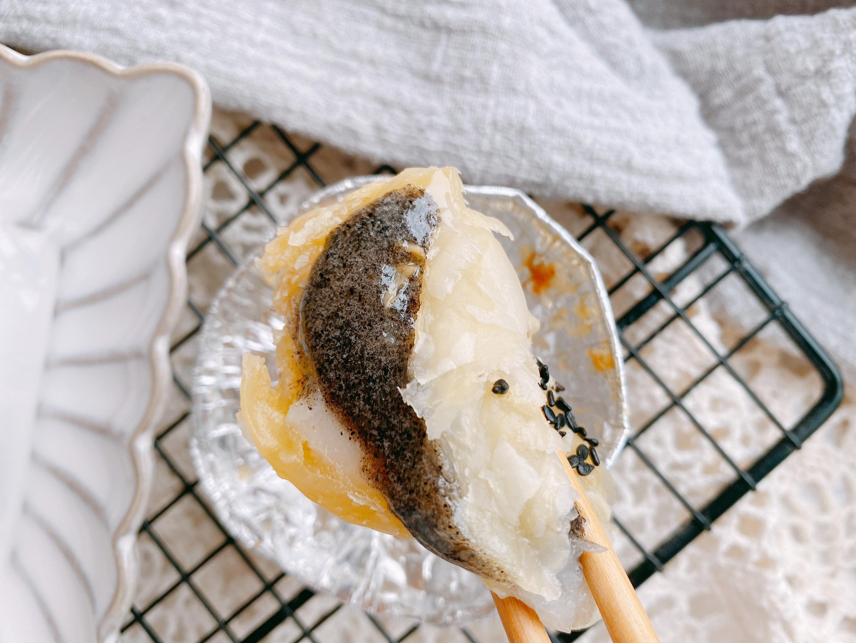 元宵節湯圓不要水煮了,教你新吃法,好吃易做,外酥裡糯還能爆漿