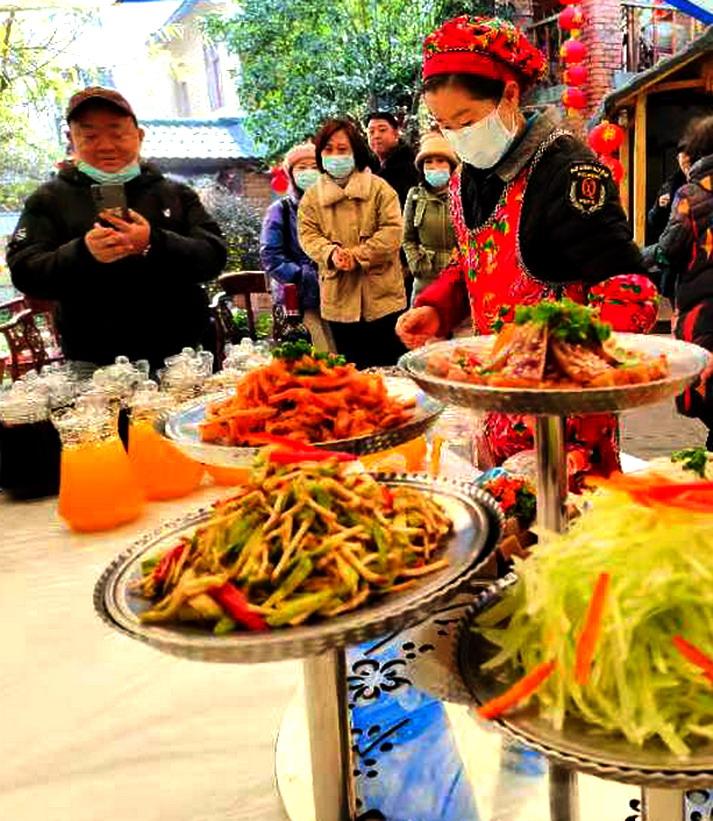 """夷陵郊外""""农家乐"""",游客青睐""""年猪宴"""""""