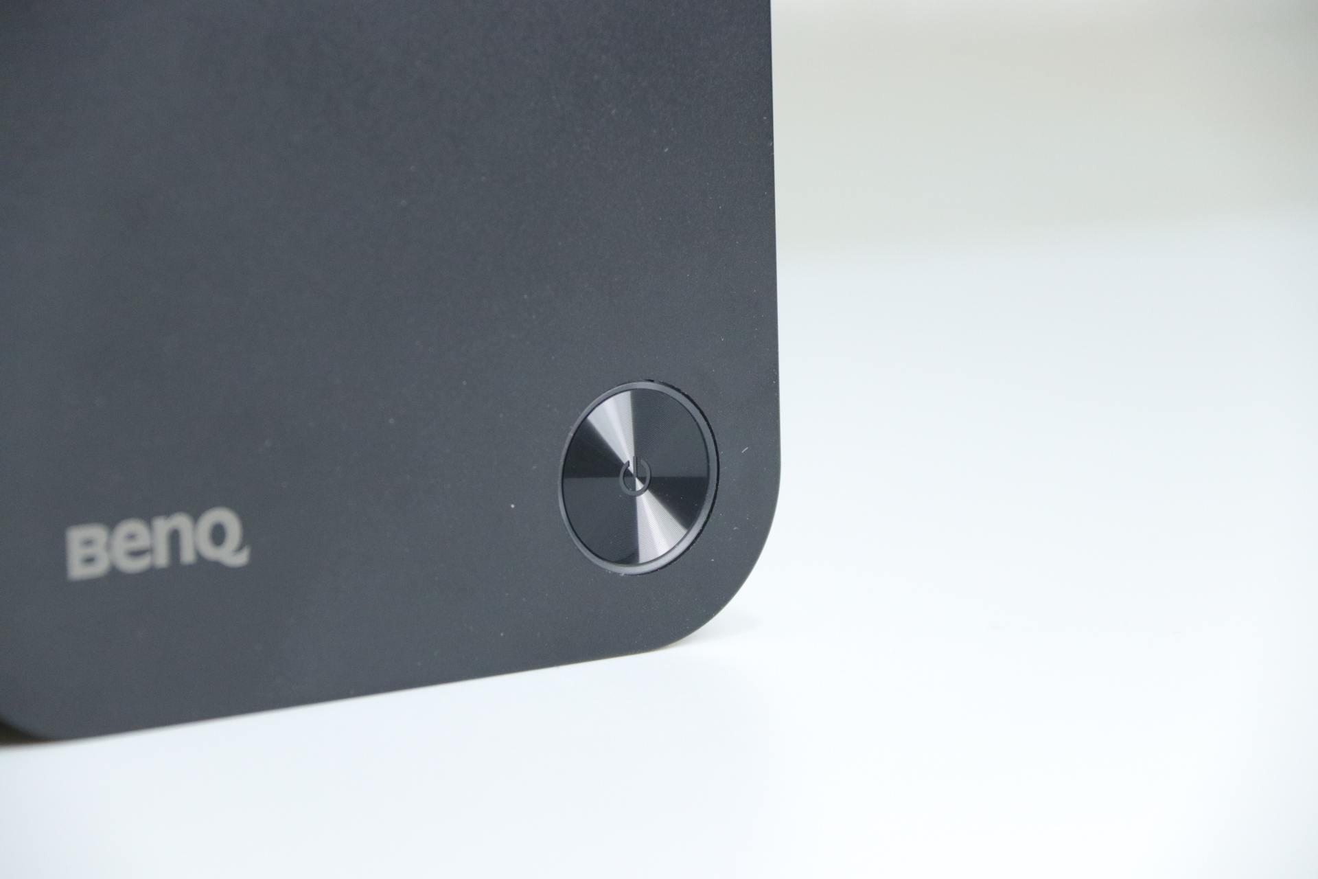 明基WDC10应答秀体验,3秒无线投屏,省去布线麻烦