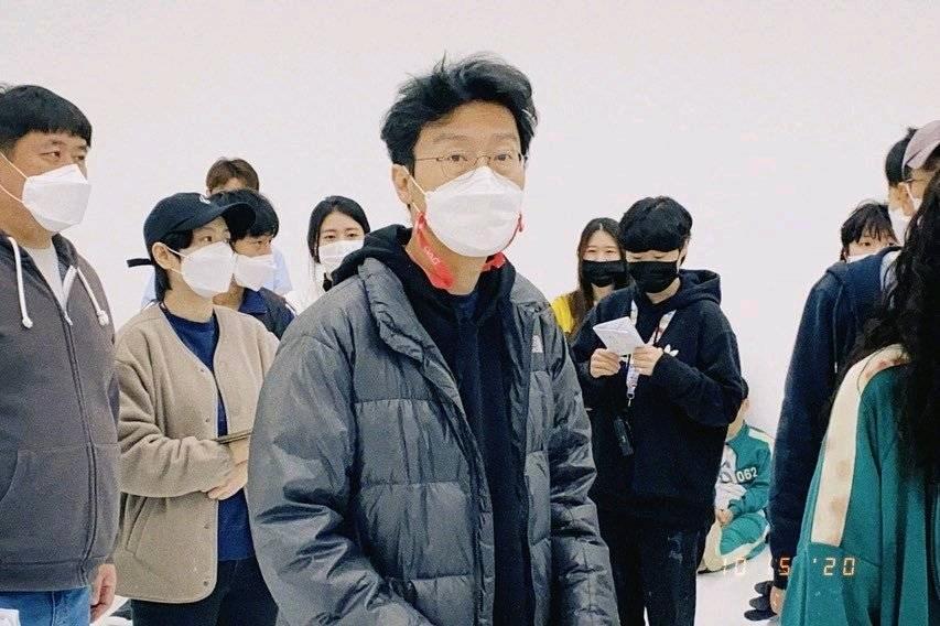 鱿鱼游戏成韩剧首个网飞第一后的美国近况,导演说难有第二季?
