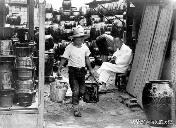 老照片 1964年韩国街景 街头还可以看到汉字