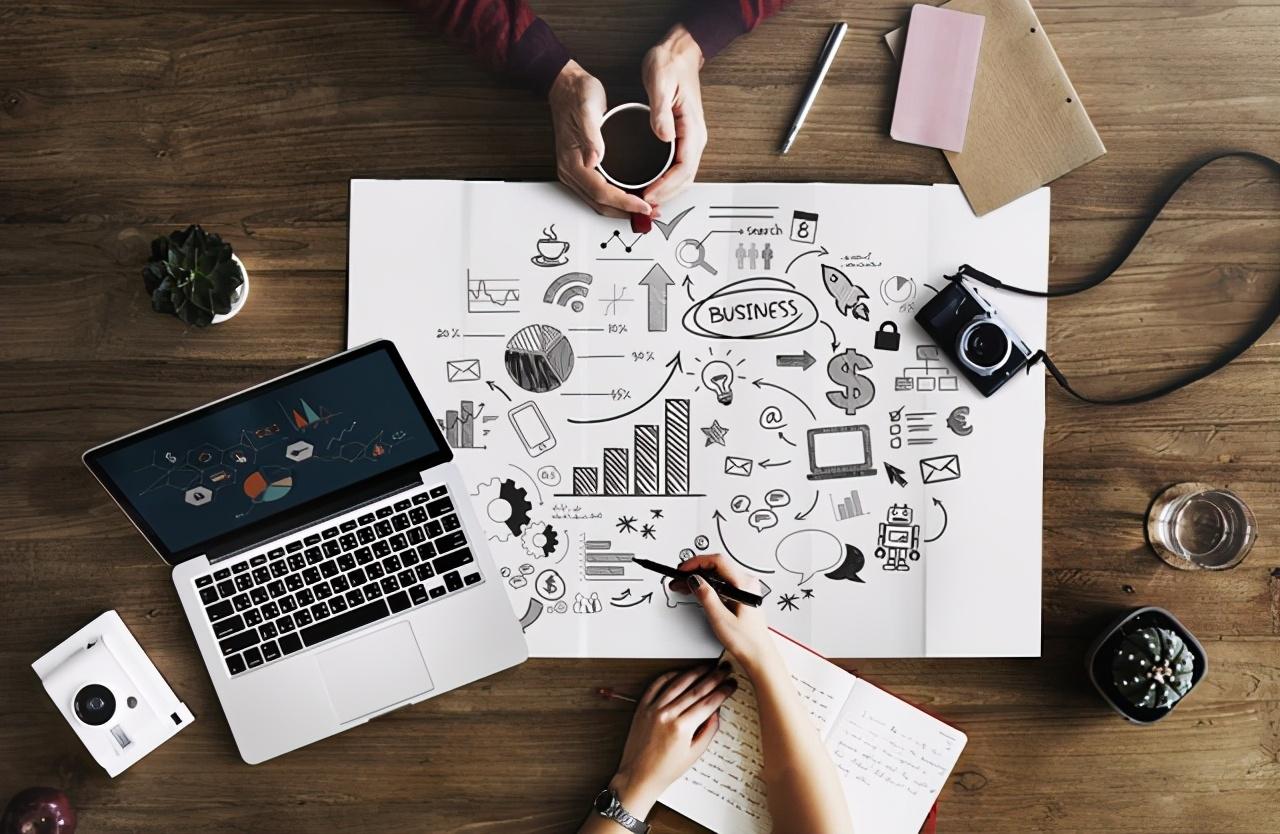 企业管理:如何打破防御心理,高效团队的良性提问与倾听法则