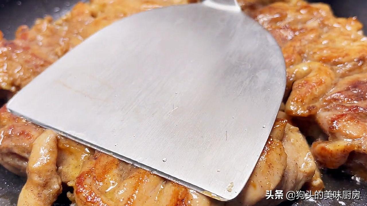 鸡腿最入味的做法,比油炸健康,比红烧的香,好吃到舔盘 美食做法 第12张