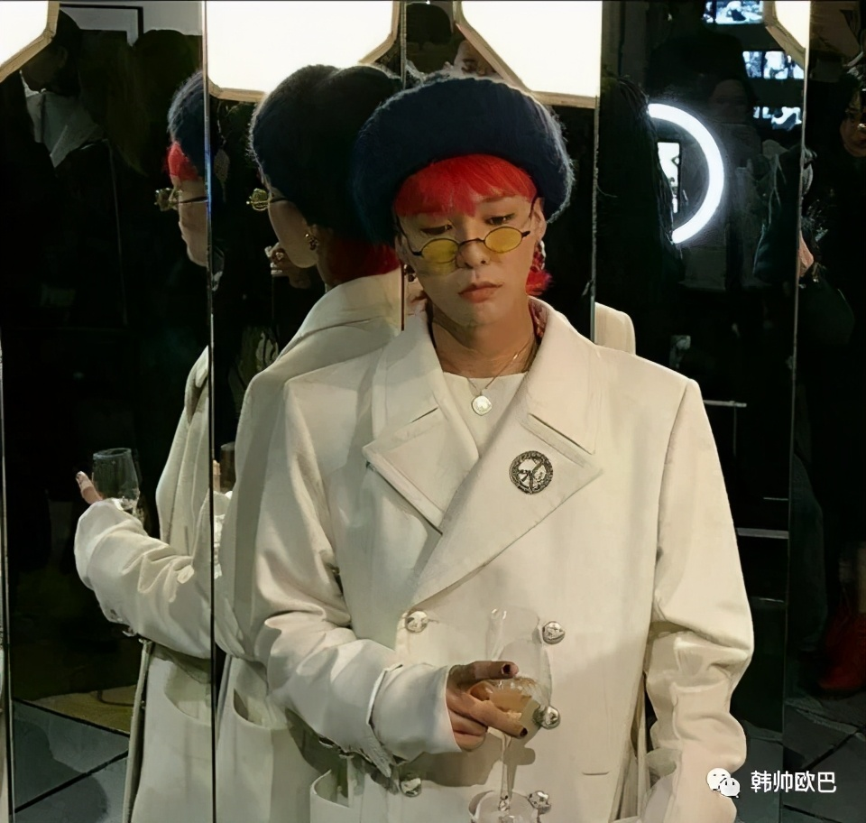 说到YG时最先想起的脸蛋