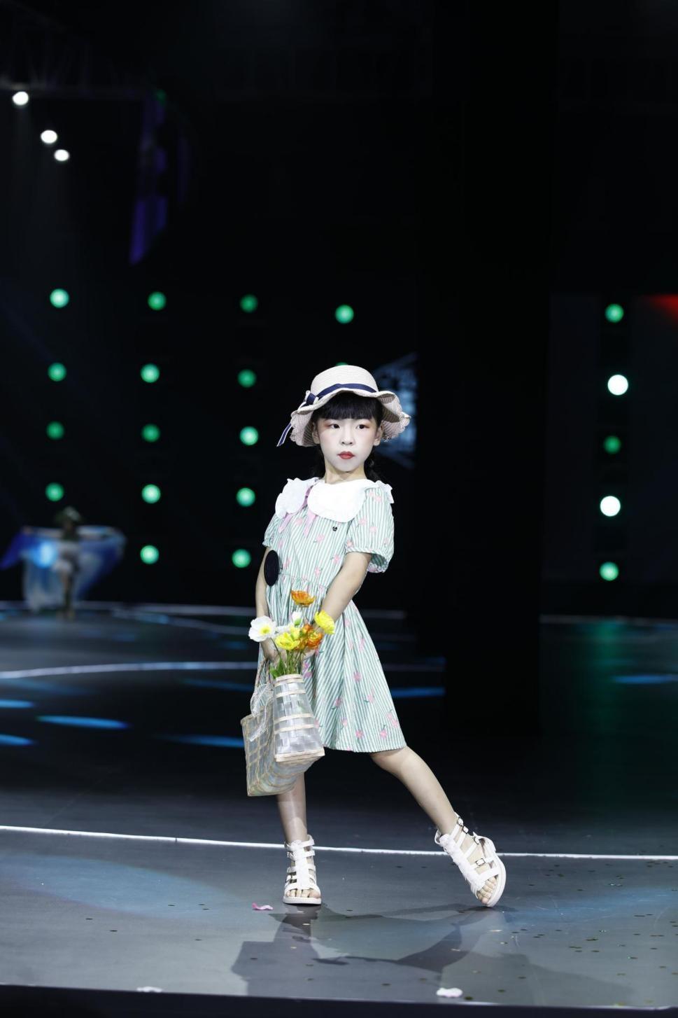 2021精英童模超级联赛全球代言人——宗梓晴