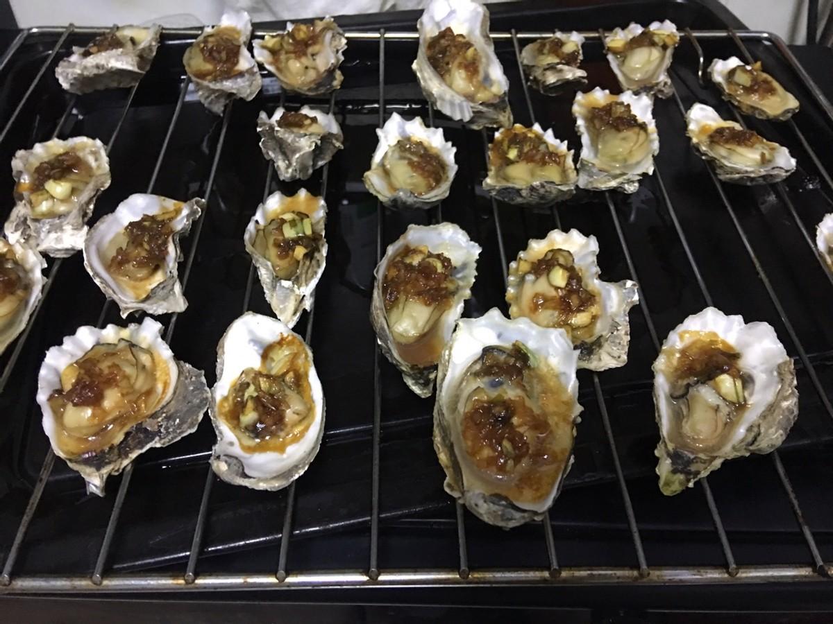 清明前后的生蚝又鲜又肥美 美食做法 第4张