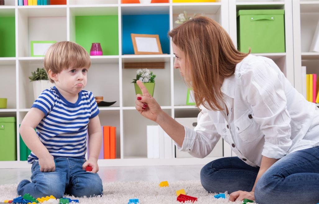 男孩最容易遗传到妈妈这些特点,当孩子面时,宝妈要懂得克制