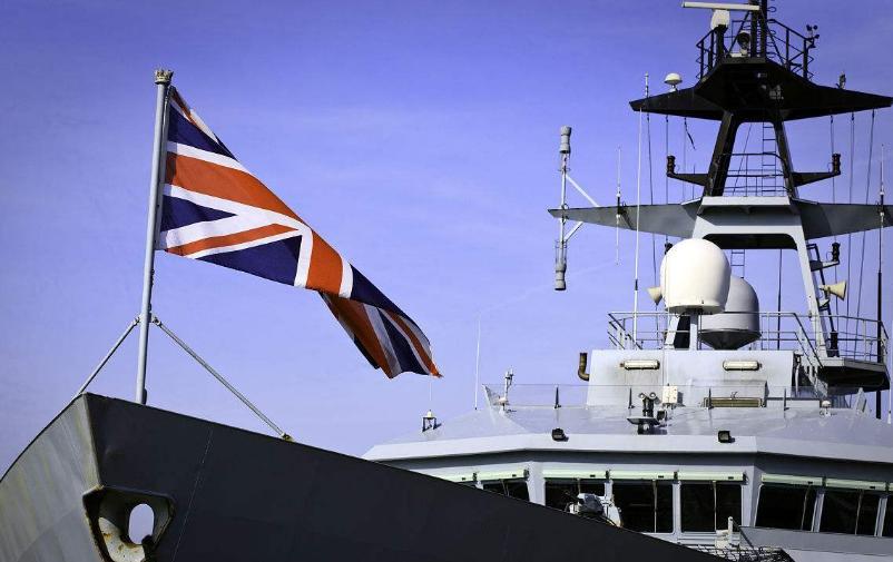 如果英军舰再闯南海,我们是否可以效仿俄军做法?胡锡进给出答案
