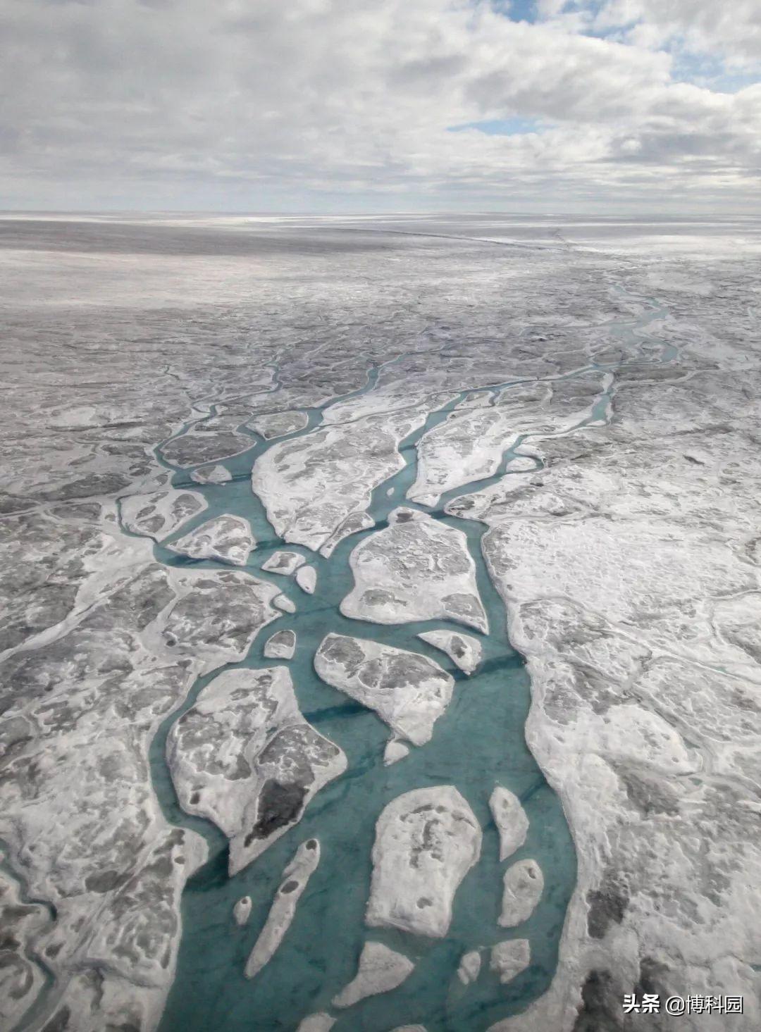 哇哦!在格陵兰岛冰盖下,发现56个湖泊