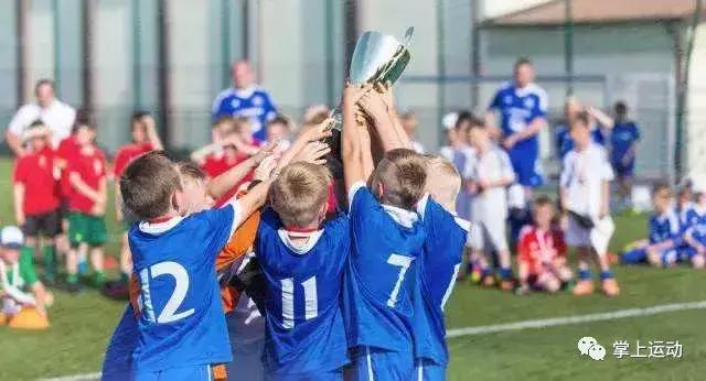 孩子为了学业坚持体育,之后你会恼恨的!(转自掌上体育,动商)