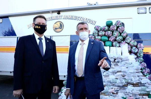 美国FBI破获史上最大冰毒案,可供全部美国人,墨西哥人吸食一次