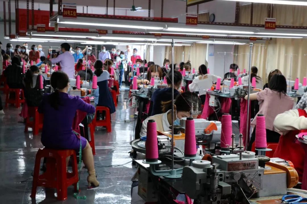 大朗毛织 人才工匠――大朗镇举行首届缝盘技能竞赛