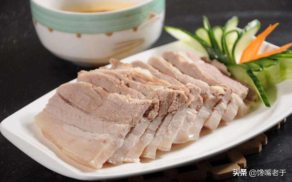 """煮猪肉炖排骨时,记住""""1放3不放"""",肉香味又正,关键还没腥味"""