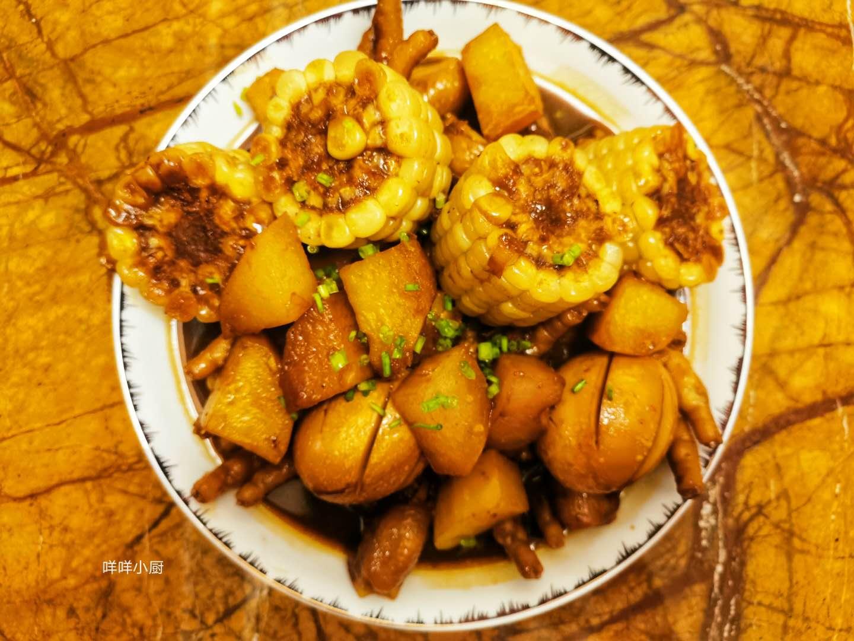 肉蟹煲太贵,做一盘鸡爪煲解解馋,简单易学,好吃到放不下筷子