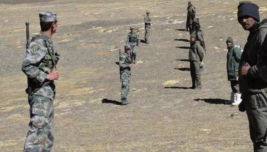 官方公布中印边境冲突细节:00后战士至死守护营长遗体