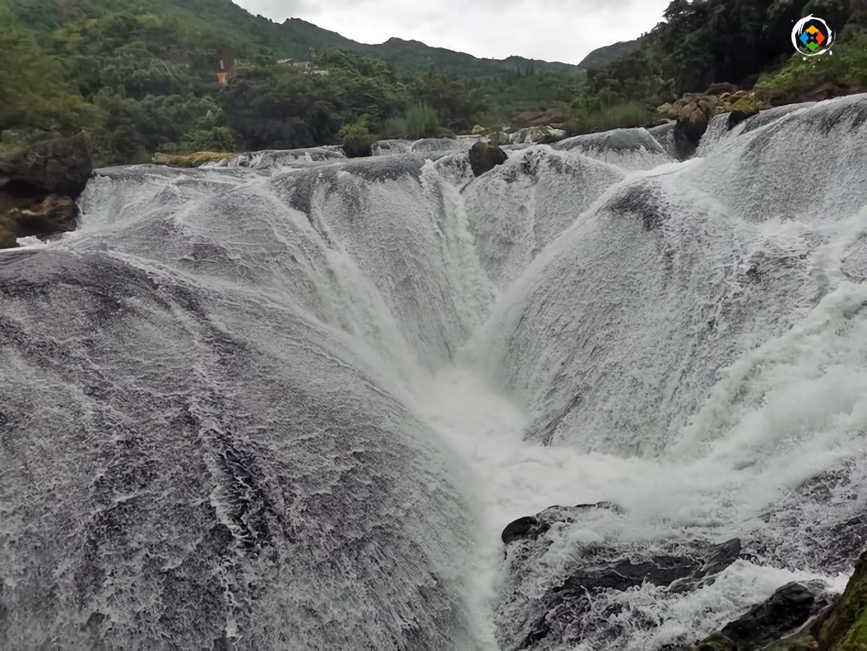 去贵州必看的景点,开发完善的黄果树瀑布,140元票价值不值?