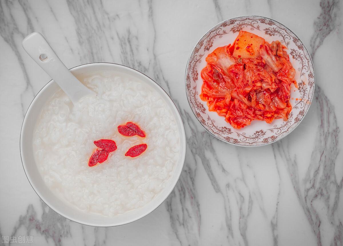 煮白粥有技巧,不要直接加水煮,粥铺老板分享一招,香浓又绵稠 美食做法 第5张