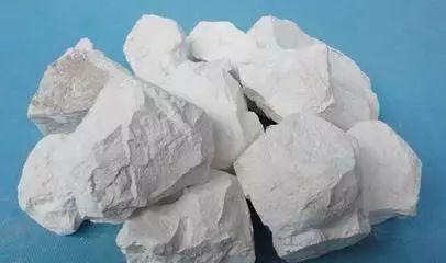 被神话了的生石灰,真的是毫无副作用的完美消毒剂吗?