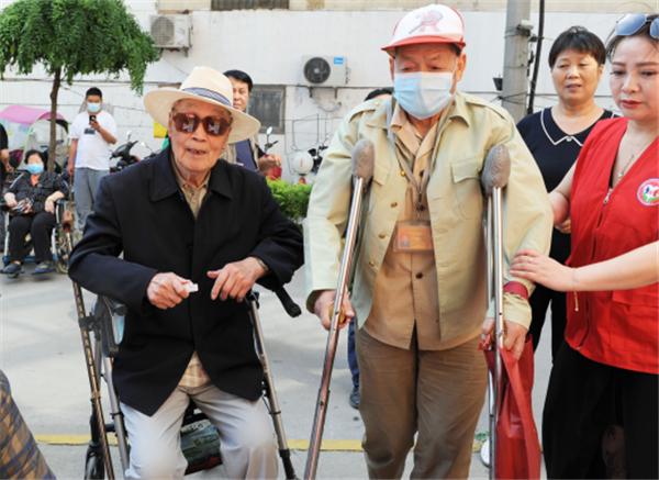 520情暖社区 关爱空巢老人活动举行