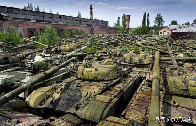 废坦克往哪扔?美军沉海,俄军直接丢掉,中国的做法最高明