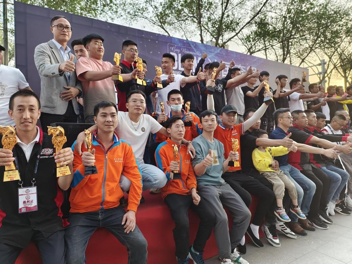 西宁至上音乐实至名归 IASCA王中王音响挑战赛西宁站获五冠两亚