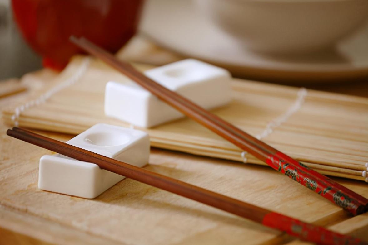 筷子如何清洗好 筷子能用多久?哪种筷子更健康? 关于筷子的