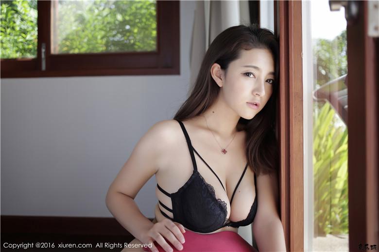 【XIUREN秀人网】美女夏茉GIGI蕾丝内衣翘臀丝袜私房