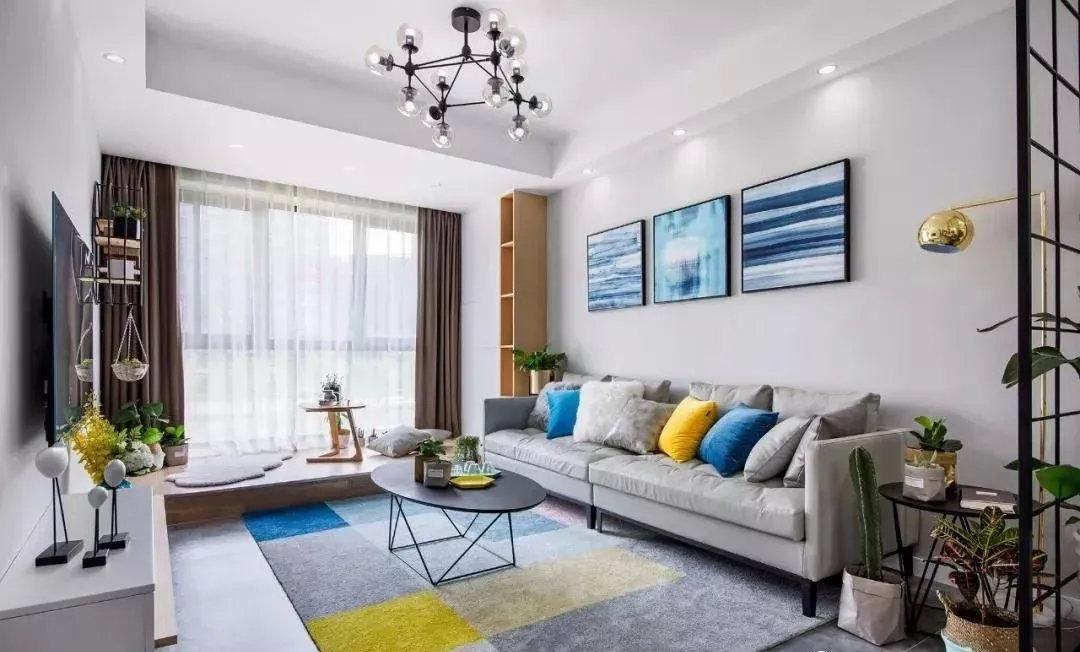 70㎡北欧风两居室,硬装一共花12.5万,阳台改地台休闲区太惬意