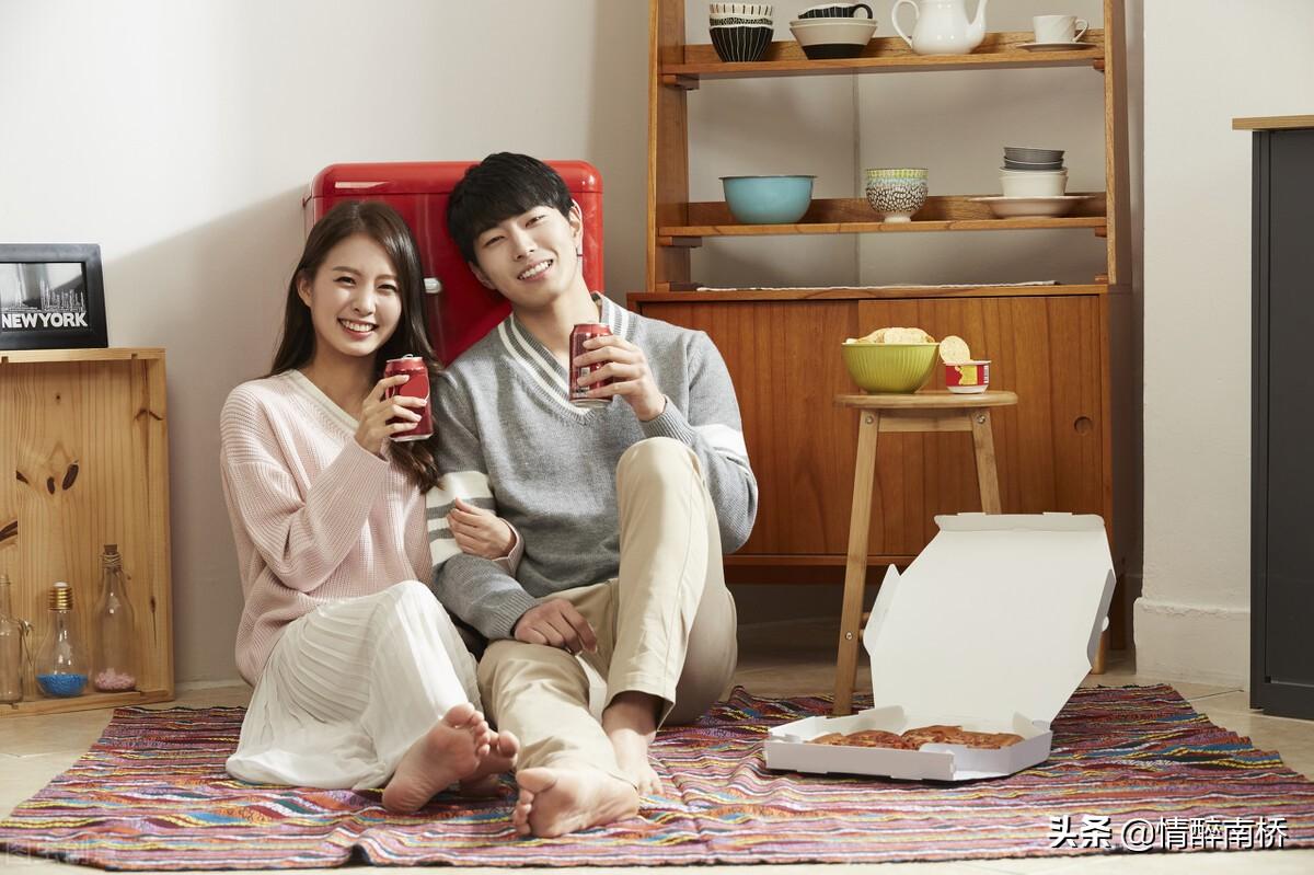 吴奇隆刘诗诗带儿子出游:相差17岁又如何,嫁给爱情一样幸福