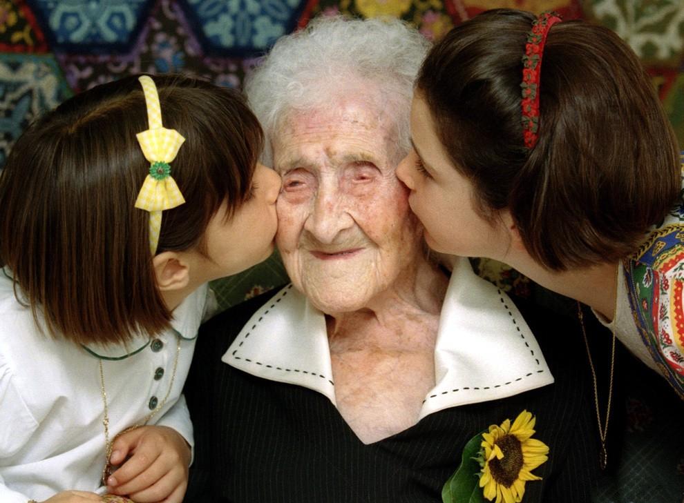 人类寿命上限已经锁死?医药能延缓衰老,或许没法使我们活得更久