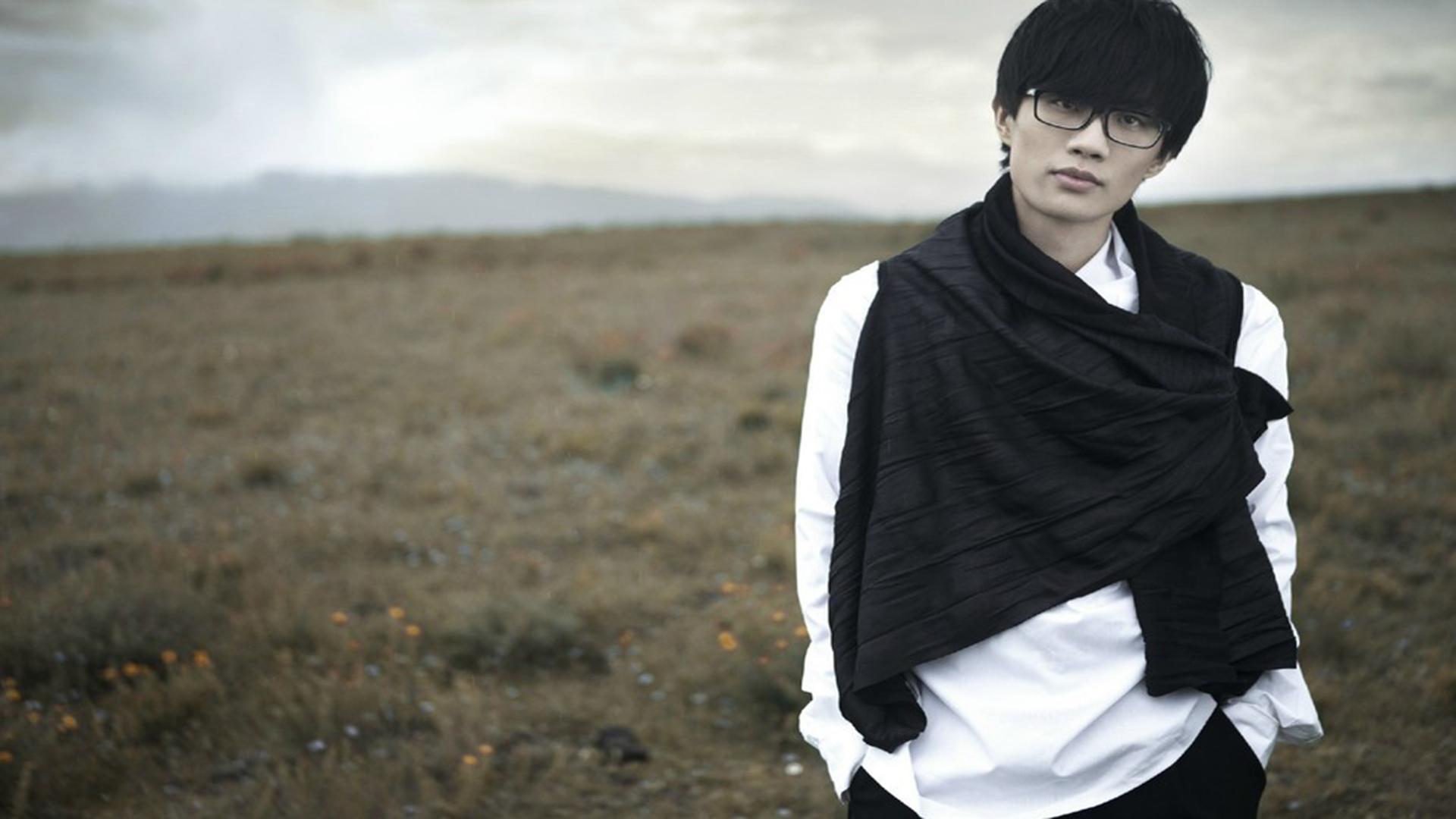 娱乐点评:杨紫、王凯、许嵩、周冬雨、黄明昊、龚俊