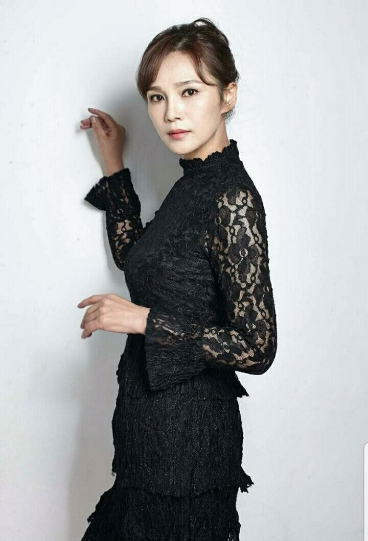 10位从妈妈那里继承了强大美丽基因的韩国女偶像们