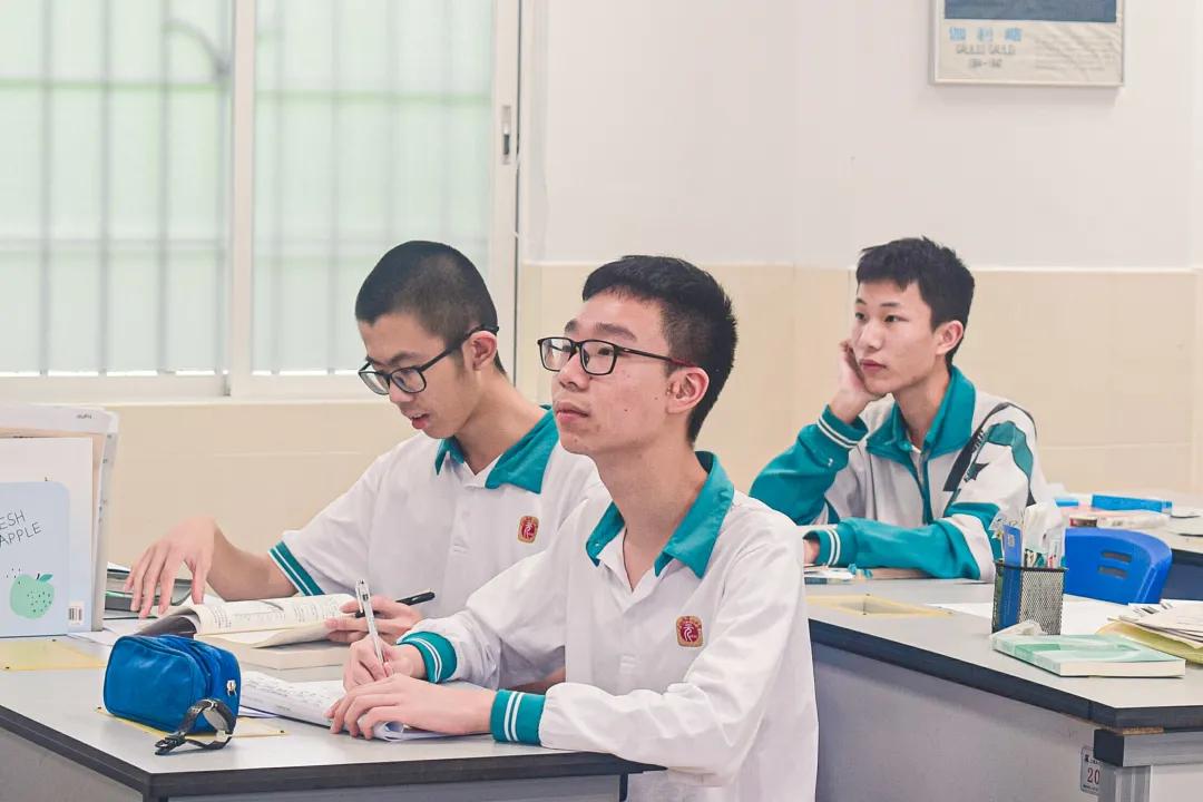 真实课堂真实说——广州市第二中学五大竞赛学科群像素描