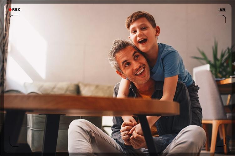 38岁男人离异,带一个10岁儿子,适合做什么小生意维持生活?