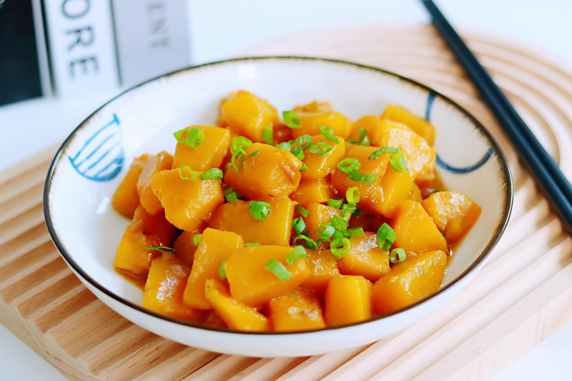 天热要多吃它,维C含量极高且富含锌,营养美味,常吃顺利过夏天