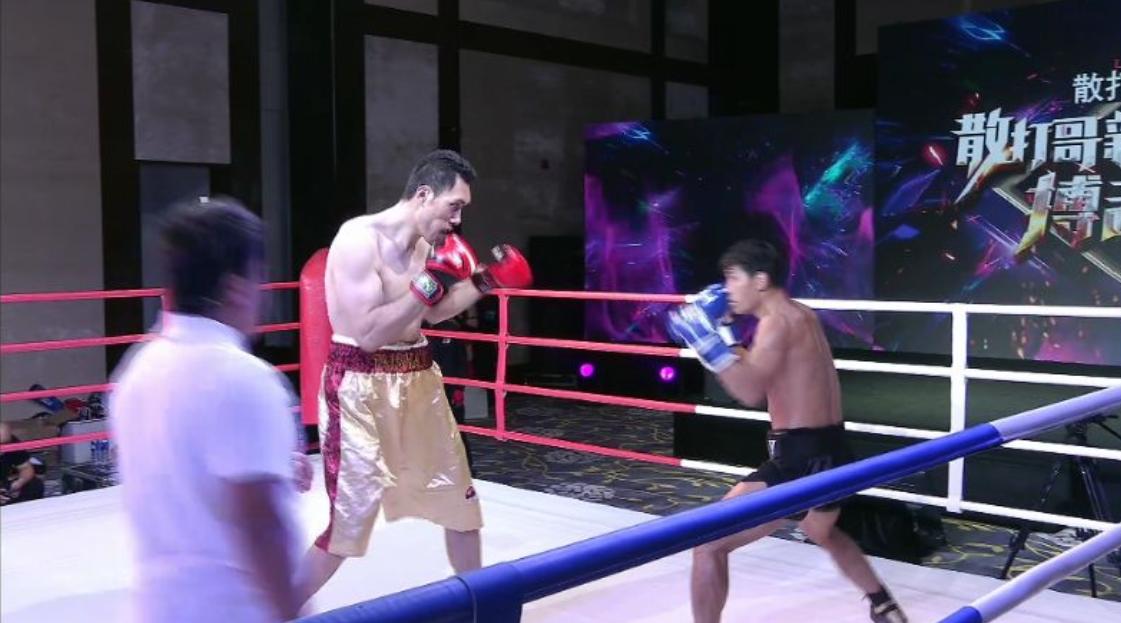 中华第一巨兽输给方便之后人设崩塌,这是董泰山必须KO胜的比赛