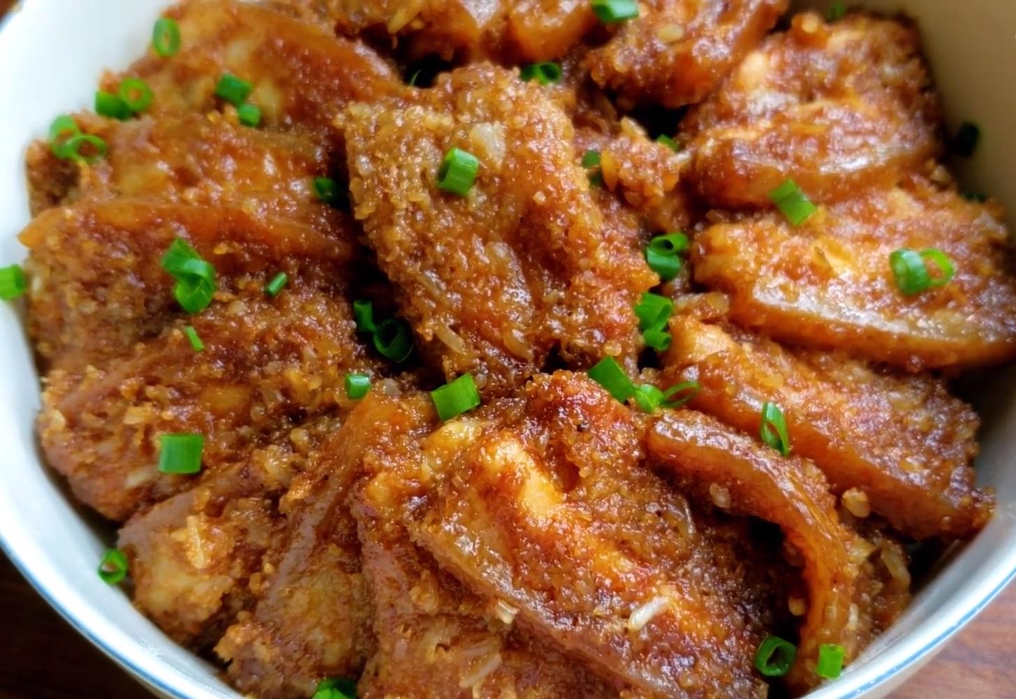 五花肉不要紅燒了,教你秘製做法,營養解饞百吃不膩,待客全靠它
