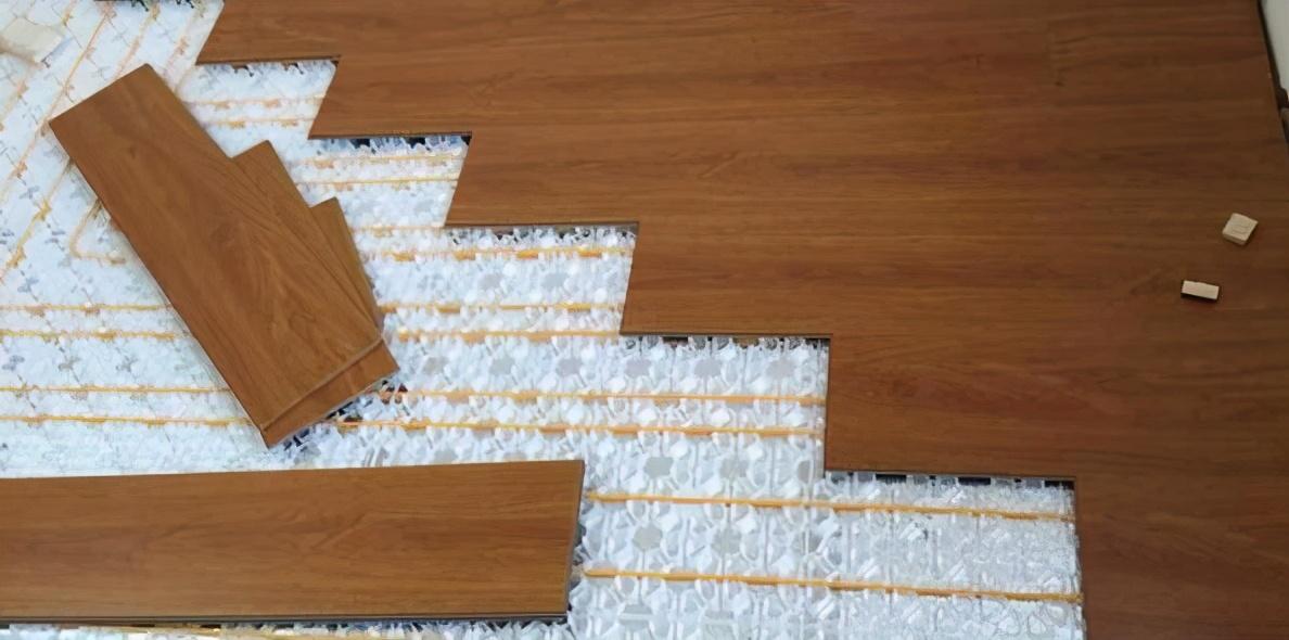 家中瓷磚問題不斷,才發現當初應該鋪它