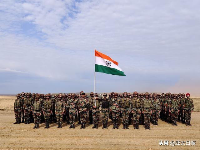 俄罗斯军演中国亮剑,印度早吓跑了