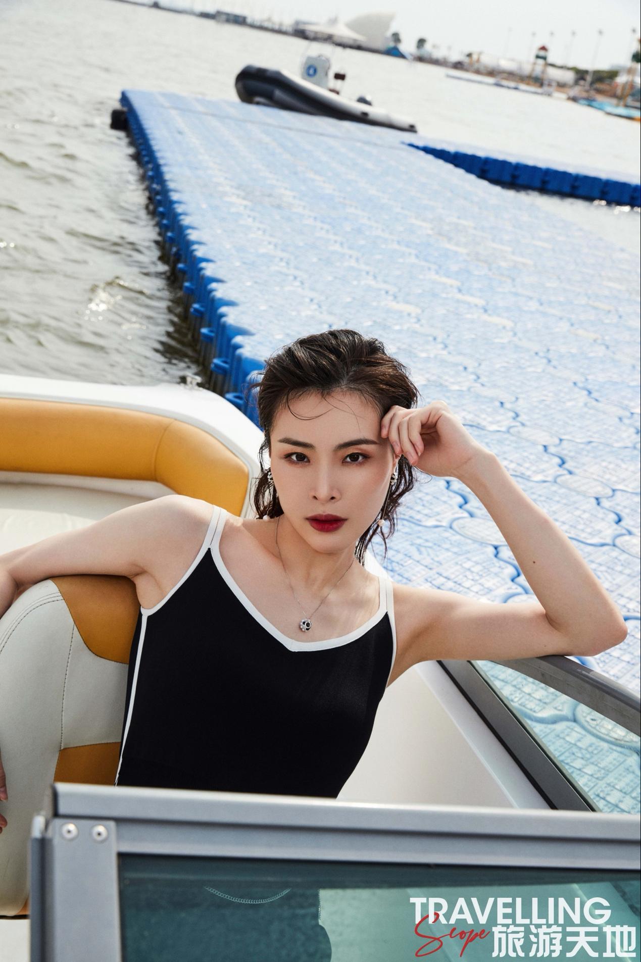 吴敏霞杂志大片曝光,状态姣好又酷又飒展现女性之美
