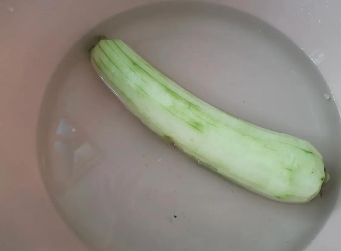 丝瓜是个好东西,超简单的炒丝瓜教学 美食做法 第1张
