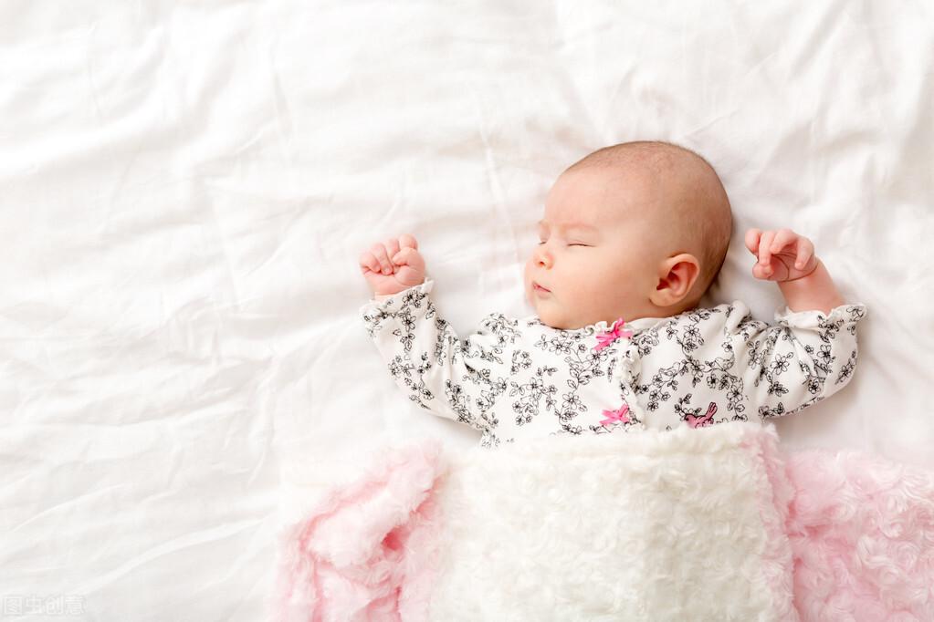 """經常發生在新生兒身上的皮膚現象,你家寶寶""""中招""""了嗎?"""