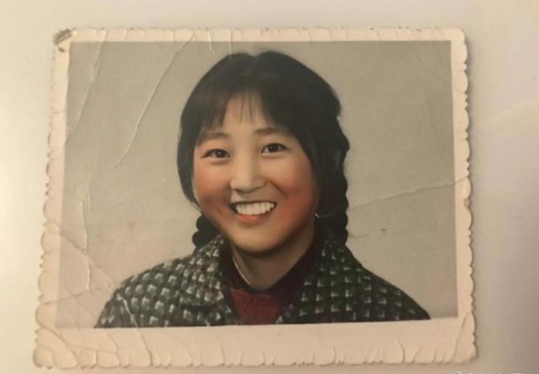《你好,李焕英》:贾玲为妈妈拍的喜剧片,把全国人民看哭了