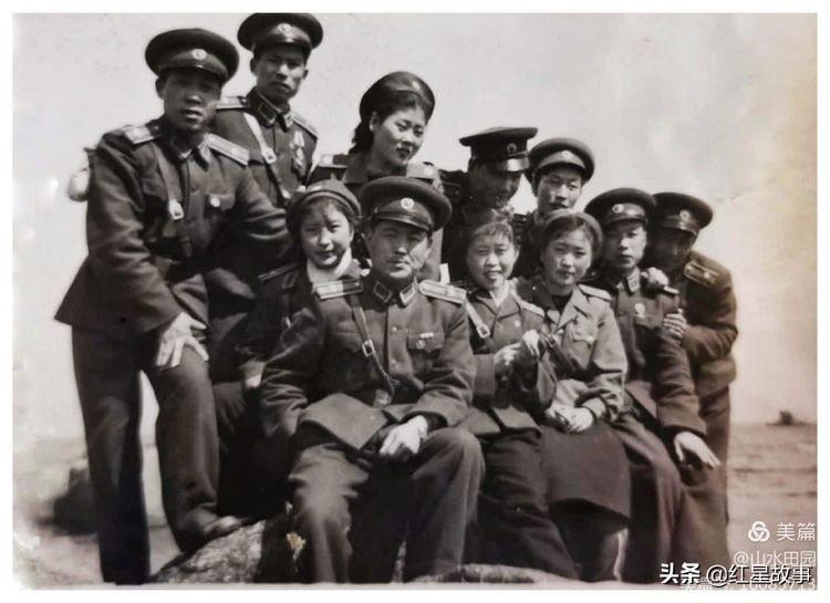 入朝最小的志愿军女兵姐妹花