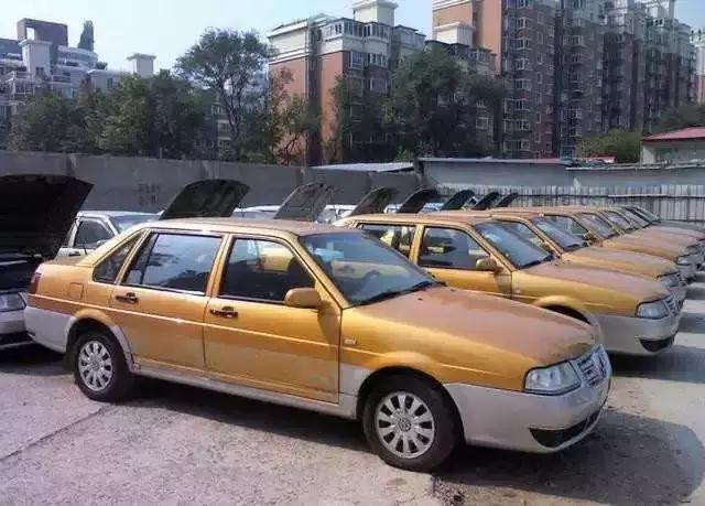 预算一万元!买5岁下线车or 十几岁私家车?