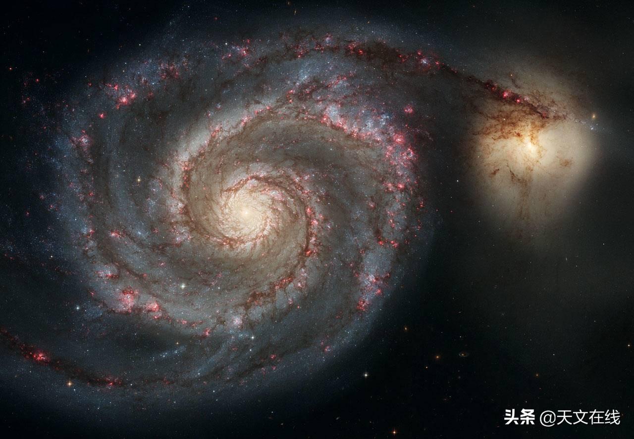 研究发现,银河旋臂也许实际上是附近气体云形成的庞大结构